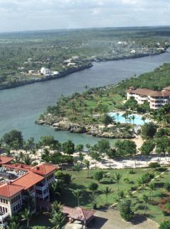Reina Cumayasa , Republica Dominicana © Circular Studio